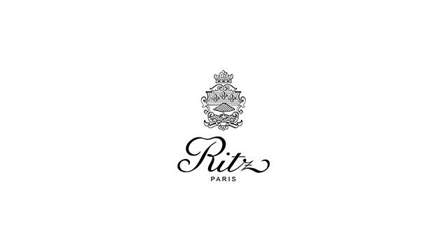 Ritz Paris logo Les 10 meilleurs hôtels 5 étoiles de Paris Blog Vendeur Pro